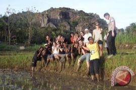 Gunung Kidul siapkan regulasi tiket wisatawan asing