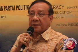 Akbar Tandjung berharap Jokowi-JK realisasikan janjinya