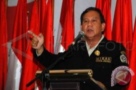 Indo Barometer: Prabowo meniru jurus Donald Trump