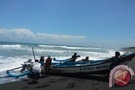 Nelayan tidak melaut waspadai tinggi gelombang