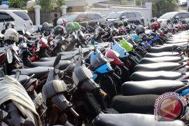Pansus targetkan raperda penyelenggaraan parkir selesai Oktober 2018