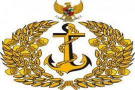 Truk TNI-AL angkut 1.200 ton bantuan Lombok