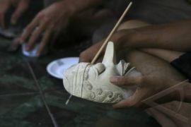 Topeng kayu tradisional Bantul diminati seniman mancanegara