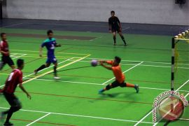 Futsal AFC -  Vamos mataram kalahkan Victoria University College 8-1