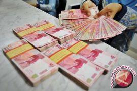 Kurs rupiah menguat akibat didongkrak pertumbuhan kredit perbankan