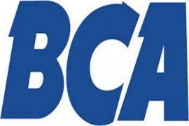 BCA serahkan beasiswa kepada mahasiswa berprestasi UGM
