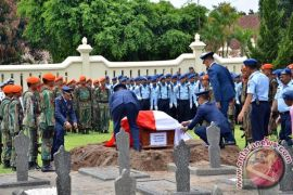 Pemakaman korban kecelakaan pesawat