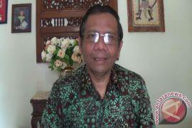 Jokowi would not be provoked: Mahfud
