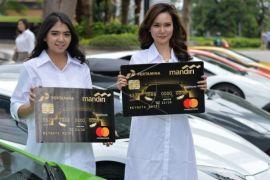 Penurunan bunga kartu kredit resmi berlaku