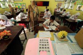 Guru tidak tetap Gunung Kidul gelar aksi izin tidak mengajar