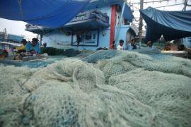 Pelarangan alat tangkap mempengaruhi kesejahteraan nelayan
