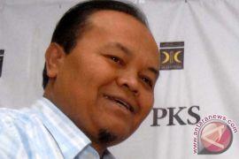 PKS membantah mengultimatum Gerindra terkait cawapres