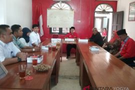 KPU Kulon Progo verifikasi tujuh partai politik