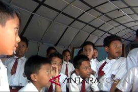 Gunung Kidul diminta tingkatkan sarana pendidikan