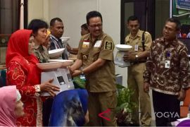 Yogyakarta bentuk kader masyarakat gencarkan gisa