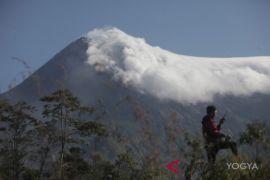 Sultan: Gunung Merapi wajar munculkan kubah lava baru