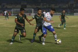PS Tira kalahkan  Persela Lamongan 4-1