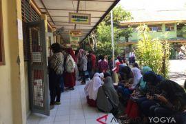 Yogyakarta kaji pengisian kursi kosong SMP