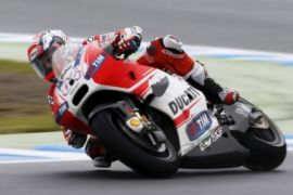 Dovizioso juara GP Valencia