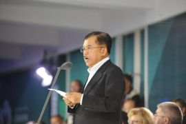 Jusuf Kalla sambut Sekjen PBB di Bandara Mutiara Palu