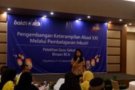 BCA memberikan pelatihan 100 guru di Gunung Kidul