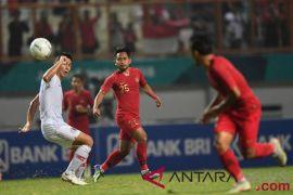 Di Singapura, Timnas Sepak Bola Indonesia konsentrasi latihan