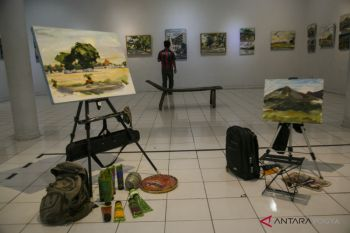 PAMERAN LUKIS ON THE WAY