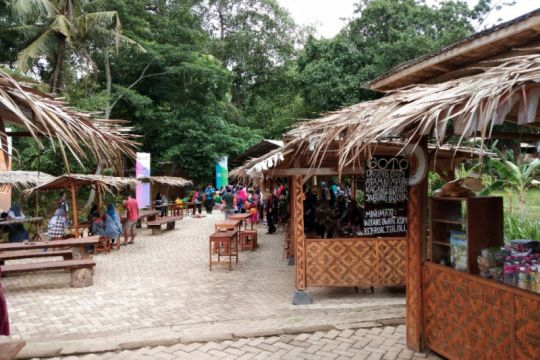 Pasar Kuliner Kaki Langit Mangunan berdayakan ekonomi masyarakat