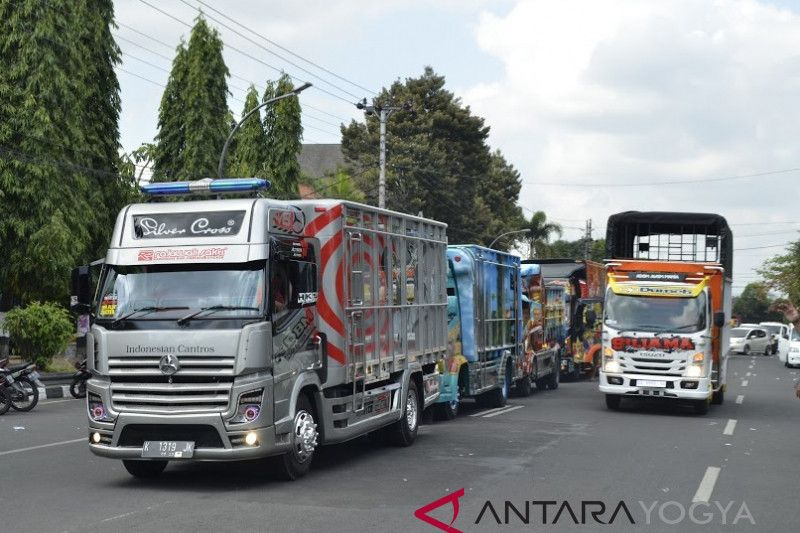 Heboh 200 peserta ramaikan kontes modifikasi Jogjakarta Truck