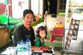Saroni : Dari Guru PTT ke Warung Banjar