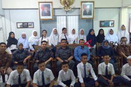 Ratusan anak TKI lanjutkan pendidilan di Indonesia