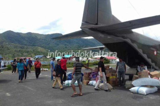 Pesawat Cassa TNI AU Mulai Terbangi Krayan