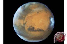 Wow! Astronom Temukan Es di Mars