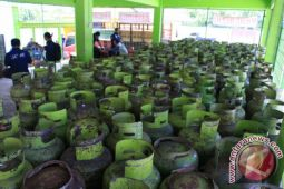 Pemkot diminta atasi kelangkaan gas bersubsidi