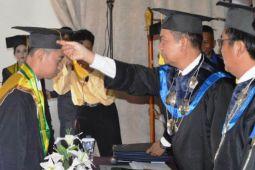 Pemkab Kapuas Siap Berdayakan Lulusan AKPER yang Tak Lanjutkan Kuliah
