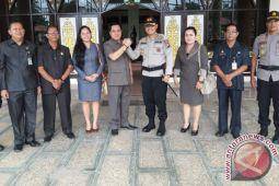 Jabat Kapolres Baru,  Wahid Kurniawan Langsung Kunjungi DPRD Bartim