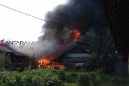 Tujuh rumah di Buntok ludes terbakar