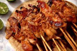 Masyarakat Portugal antusias rasakan sate ayam Indonesia