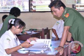 Pemkab Kotawaringin Timur Janji Tingkatkan Kesejahteraan Guru