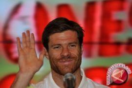 Xabi Alonso Mengalami Cedera Patah Tulang Kaki