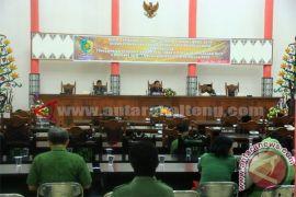 Rapat Paripurna Ke - 13 DPRD Kota Palangka Raya