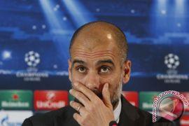 Pep Guardiola didenda 20.000 pound karena kenakan 'pita kuning'