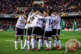 Valencia naik ke posisi tiga La Liga usai bungkam Alaves