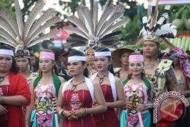Karnaval Festival Budaya Kalteng