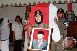 Prosesi Pemakaman Anggota DPRD Palangka Raya
