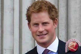 Pangeran Harry Cemas Jalani Tes HIV