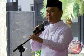Gubernur Sugianto Minta Penanganan Bencana Lebih Optimal