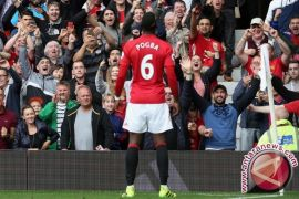 Manchester United tunda perayaan juara Manchester City