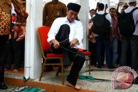 Presiden Jokowi Shalat Jumat