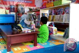 5 persen dana desa disisikan untuk bangun perpustakaan di pedesaan